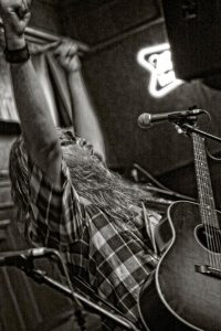 moondog performing at the spirit room, jerome az