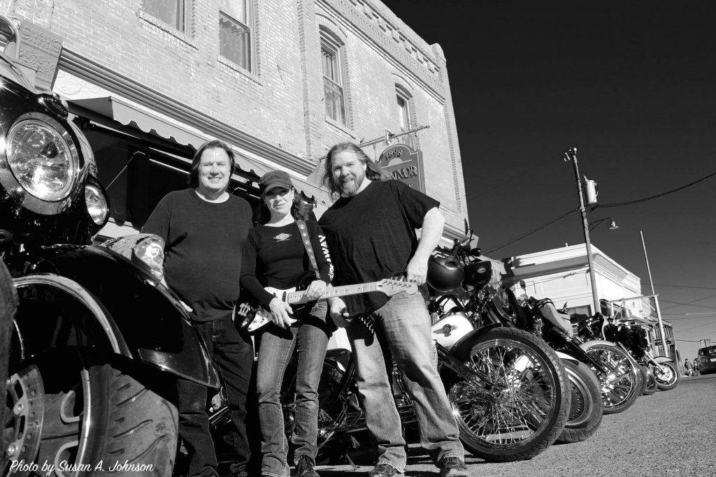 combo deluxe in front of the spirt room bar in jerome az